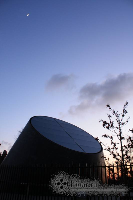 штука около Королевской гринвичской обсерватории в Лондоне