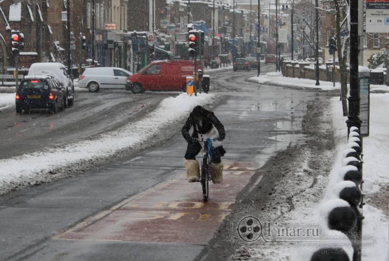 Лондонский снегопад 2009 - зимняя велоформа :)